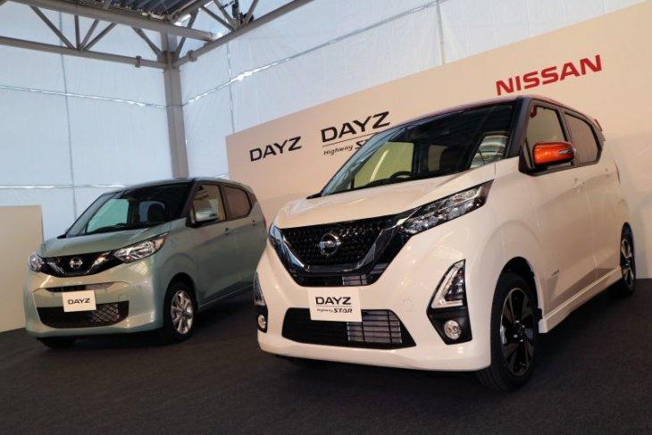 Nissan, Mitsubishi luncurkan empat
