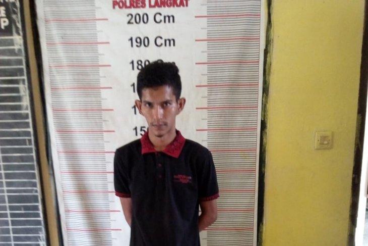 Polisi Langkat ringkus kurir 25 kg ganja tujuan Medan