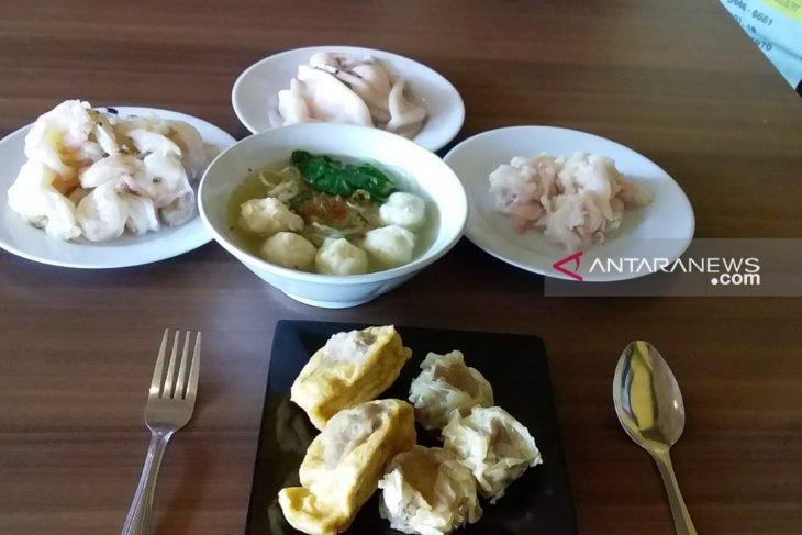Sensasi Kelezatan Bakso Seafood Ting-Ting Jember