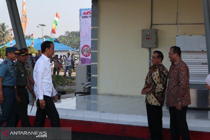 Jokowi pays working visit to Sibolga, North Sumatra