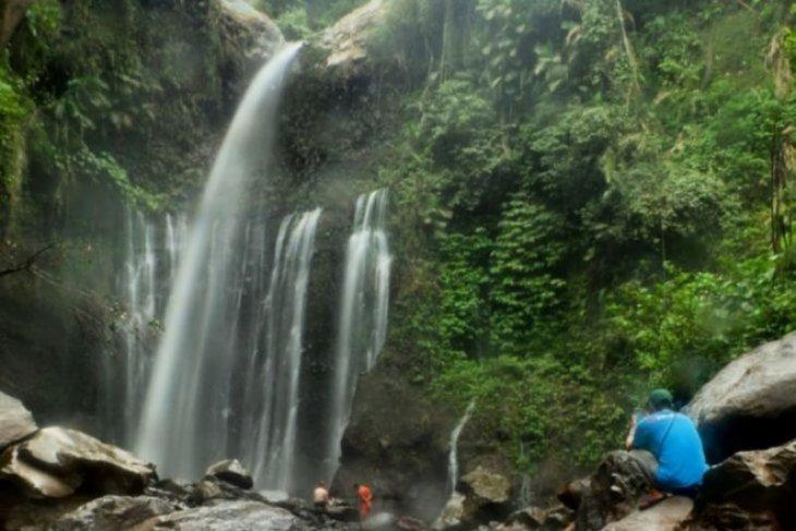 Kawasan air terjun Tiu Kelep longsor, dua wisatawan meninggal dunia