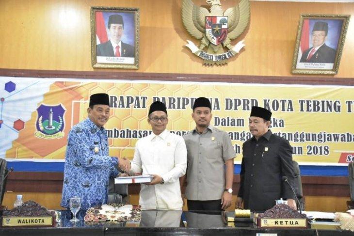 Wali Kota Tebing Tinggi sampaikan LKPJ anggaran tahun 2018