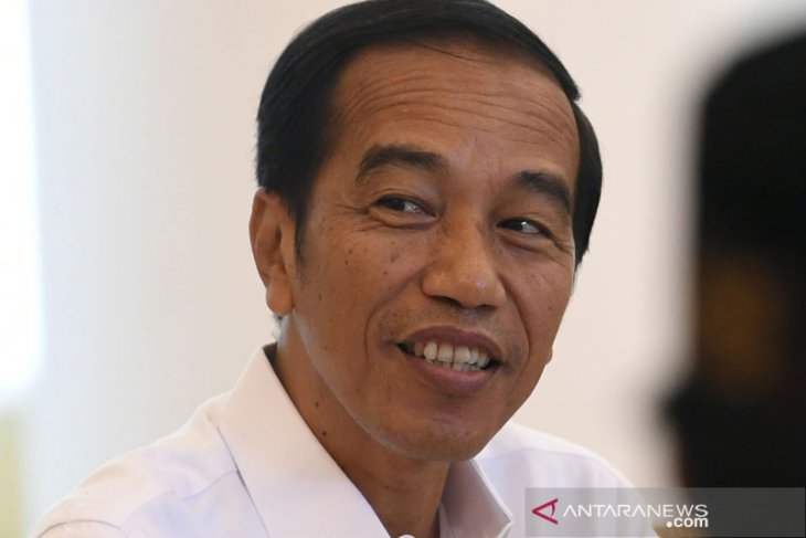 Vocational schools should be linked with industry: President