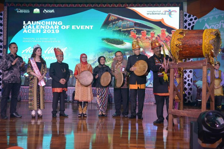 Tourism Minister launches Aceh Calendar of Events 2019
