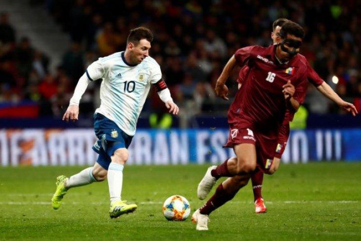 Diperkuat Messi, Argentina tetap kalah dari Venezuela