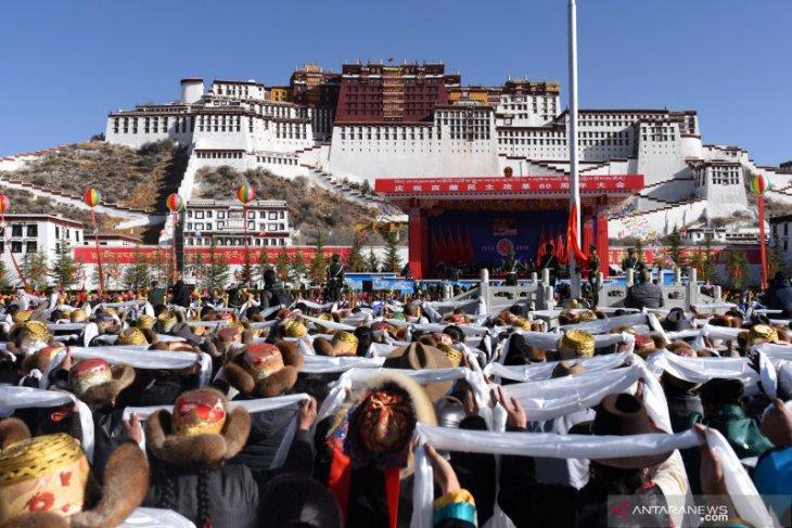 Beberapa kuil di Tibet mulai dibuka bertahap