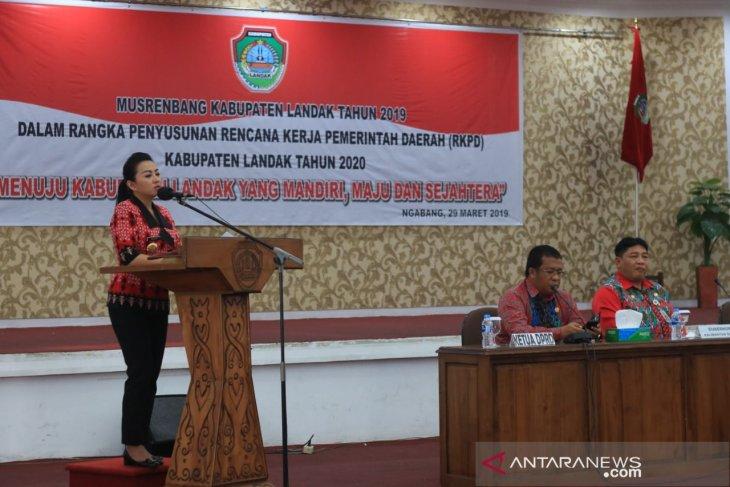 Karolin targetkan 2020 Kabupaten Landak miliki desa mandiri
