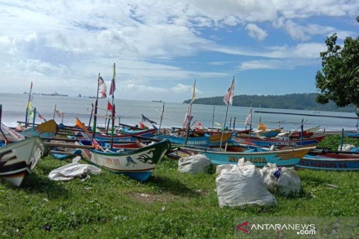 Nelayan di Cilacap hadapi masa panceklik