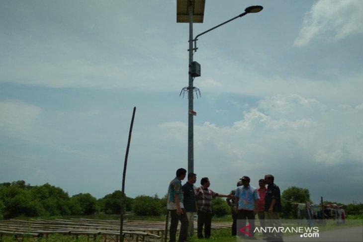 Landak dapat bantuan 800 titik PJU-TS dari Kementerian ESDM