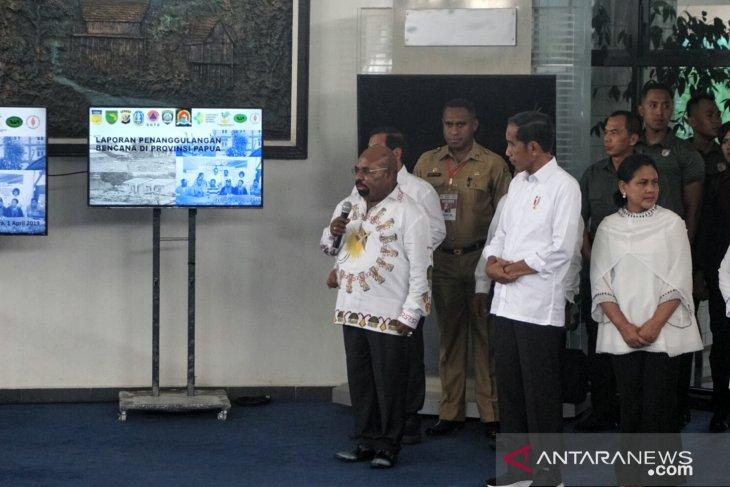 Jokowi visits Jayapura to oversee flood-control measures in Sentani