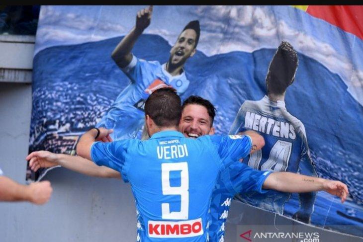 Napoli sukses hancurkan Roma 4-1 di Olimpico
