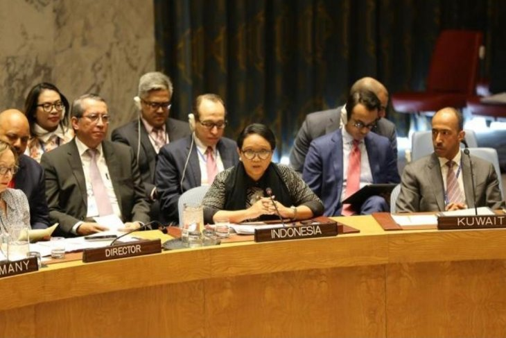 Indonesia backs universal adherence to NPT