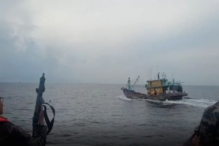 Indonesian Ministry seizes two more Malaysian-flagged fishing boats