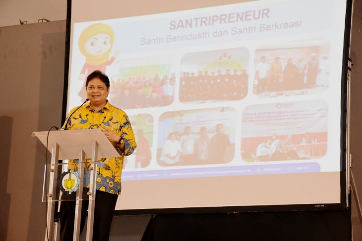 Minister believes Industrial Revolution 4.0 drives economic growth