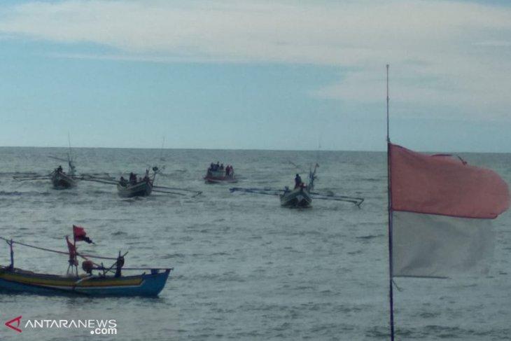 Kompleks nelayan Malabero mencekam pasca-bentrok
