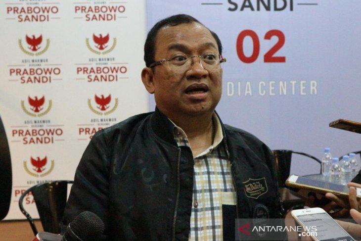 Priyo Budi Santoso pulang kampung demi lebaran
