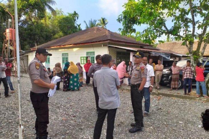Didatangi polisi, aksi penyegelan kantor desa di Nagan Raya berakhir
