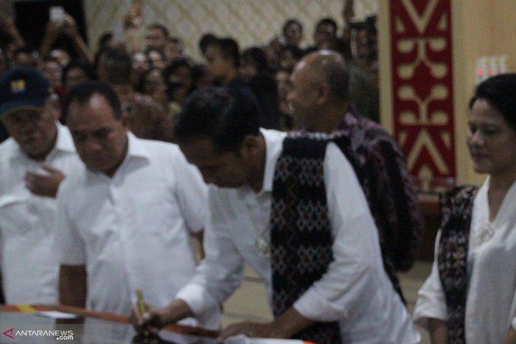 Puluhan ribu warga hadiri kampanye capres Jokowi di Kupang