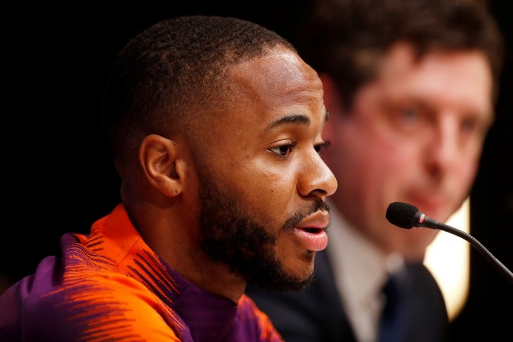 Apa kata Sterling soal cara hadapi tindakan rasial?