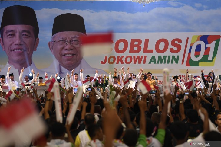 Jokowi to hold open campaign events in Karawang, Bandung, Solo