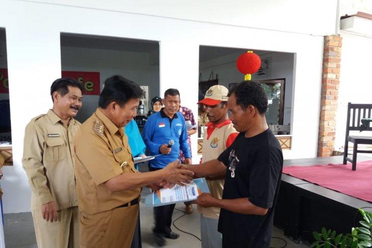 Bupati: Kartu asuransi berikan perlindungan bagi nelayan kecil