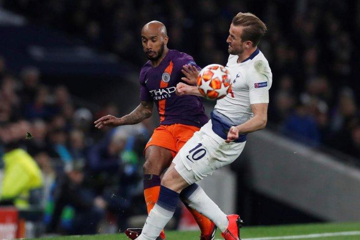 Tottenham umumkan cedera serius Harry Kane