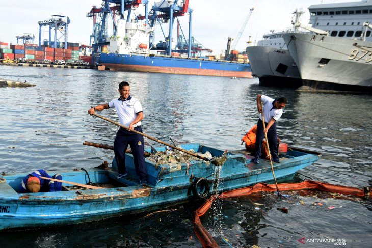 Indonesia's 30 days At Sea to tackle marine pollution crime