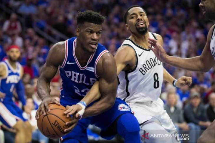 Buka playoff, Nets curi kemenangan di markas Sixers