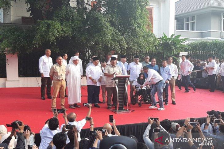 Prabowo klaim kemenangan versi hitung cepat internal