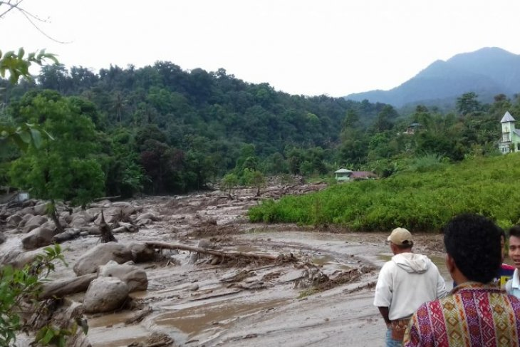 The flash floods hit  Deliserdang in North Sumatra