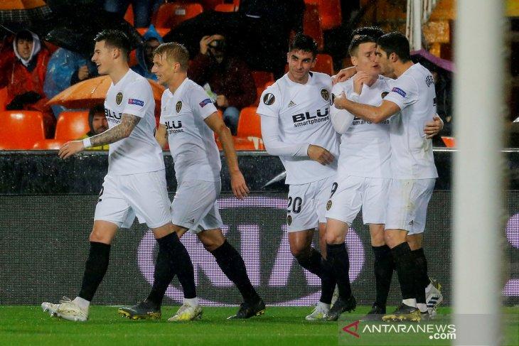 Valencia ke semifinal setelah tundukkan Villarreal 2-0