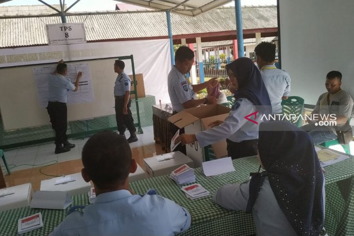 Re-voting on Bintan added three polling stations