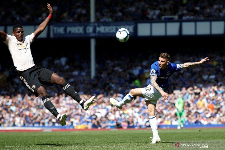 Juventus minat rekrut Pogba dari United