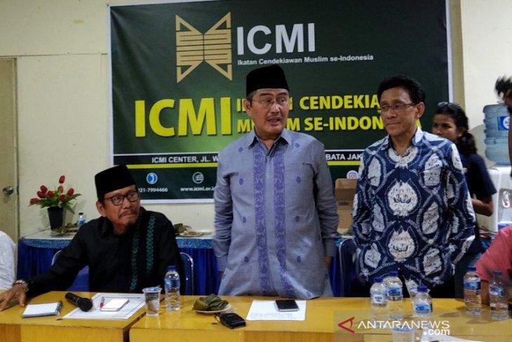 ICMI nilai kualitas demokrasi Indonesia menurun dan belum dewasa.