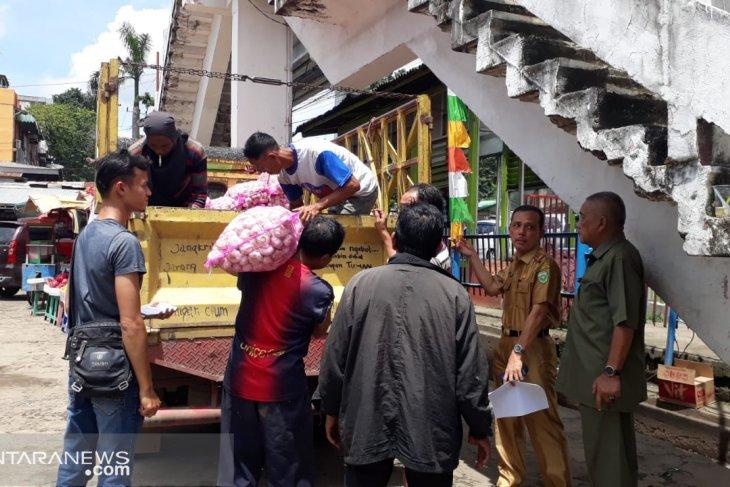 Kemendag operasi pasar  30 ton bawang putih di Palembang