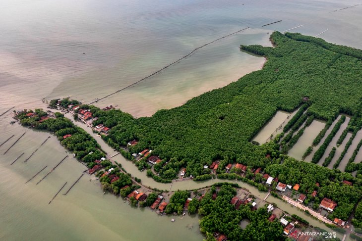 Sea-level rise poses threat to Jakarta, Semarang, Demak coastal areas