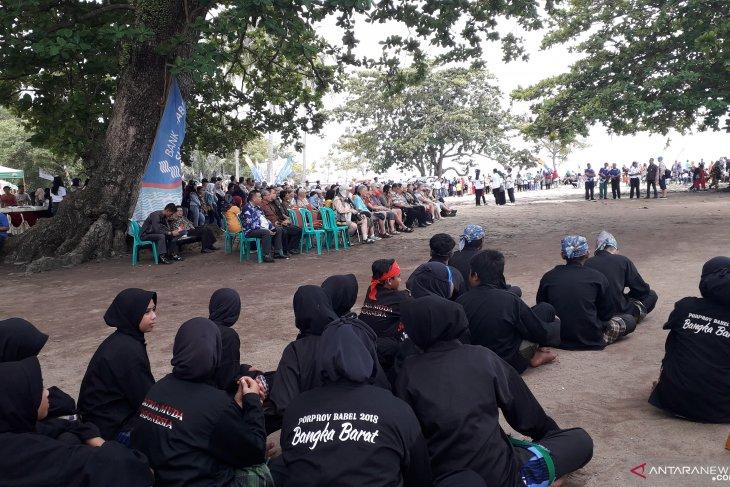 Sebanyak 115 wisatawan mancanegara kunjungi Pantai Tanjungkalian