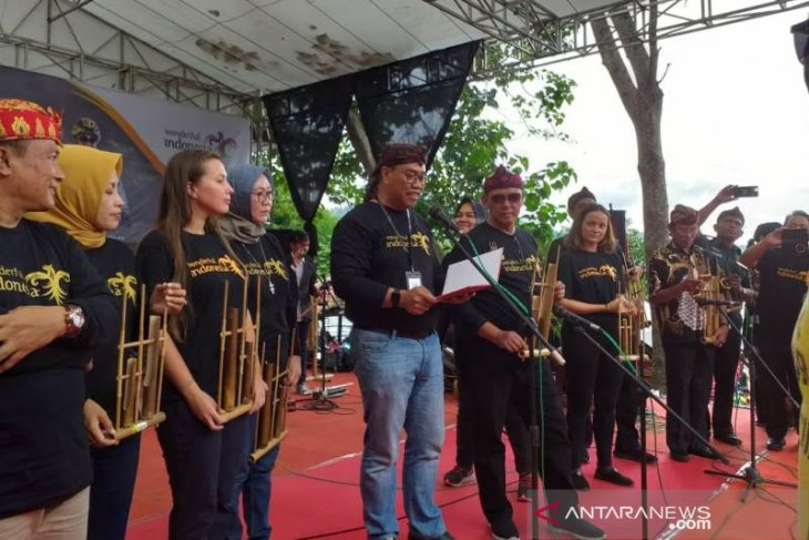 Tourism Ministry backs  Int'l Angklung Festival  in W Java's Kuningan