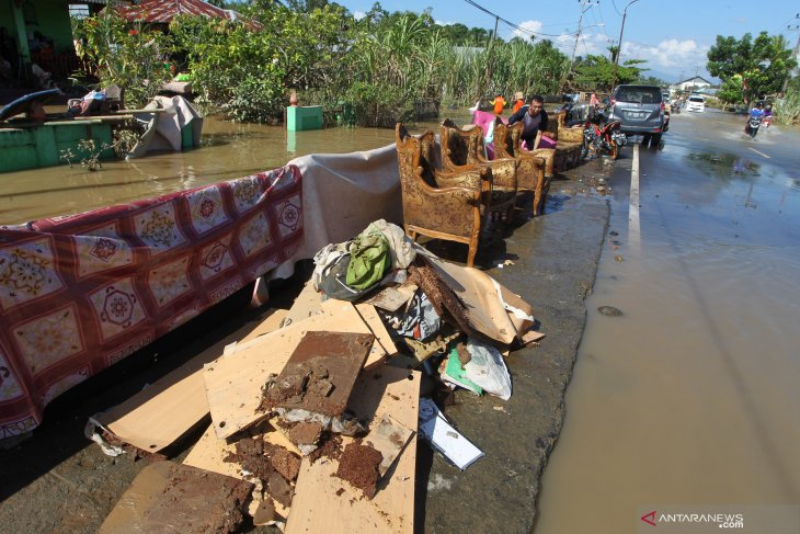 Beberapa desa terdampak banjir dan longsor di Bengkulu masih terisolir