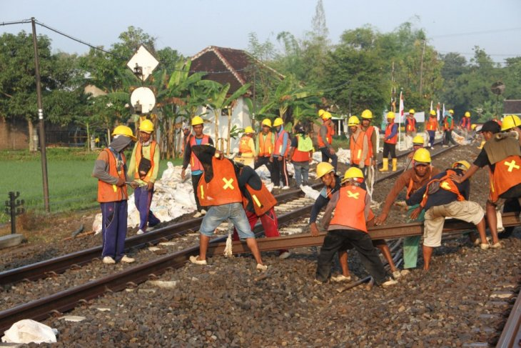 Jalur ganda kereta api Nganjuk-Babadan resmi beroperasi
