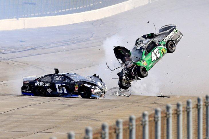 Dampak covid-19, NASCAR ditunda hingga Mei