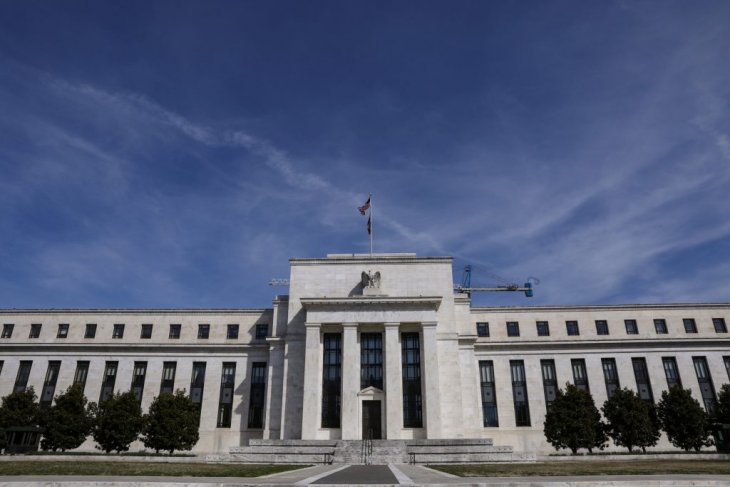 IHSG strengthens over Fed's decision to hold rates steady