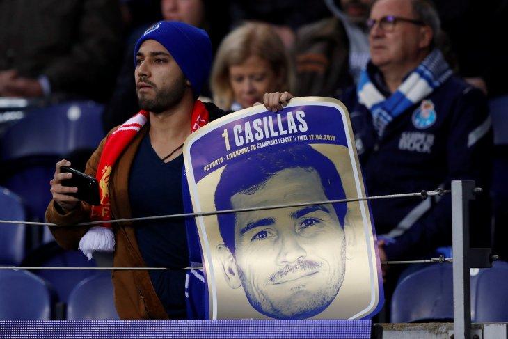 Casillas unggah cuitan usai terkena serangan jantung saat latihan