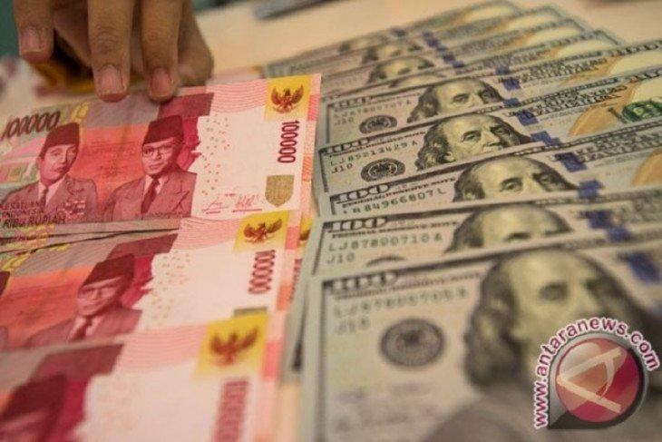 Rupiah melemah pasca-Bank Indonesia menahan suku bunga acuan