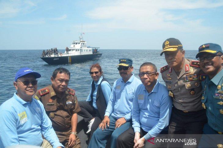 Menteri Susi tenggelamkan 13 kapal nelayan asing di Kalbar