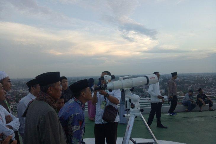 Awan halangi pemantauan hilal di Palembang