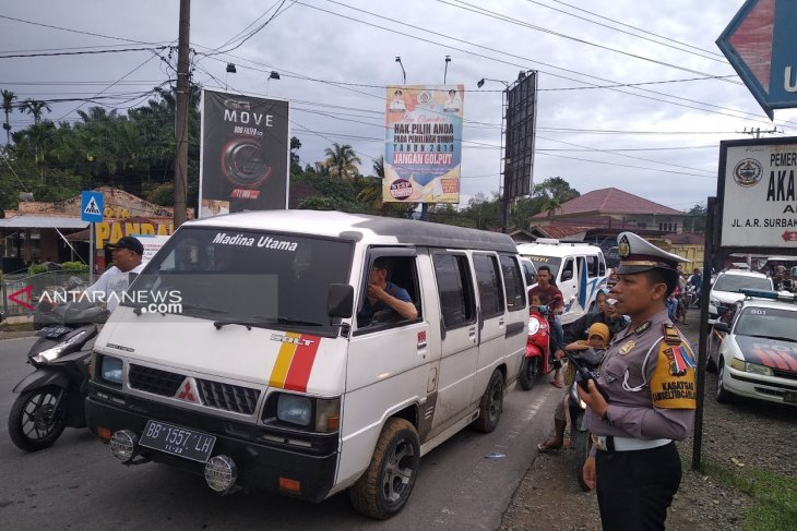 Arus lalu lintas di kawasan Balimo-limo macet, Lantas lakukan buka tutup