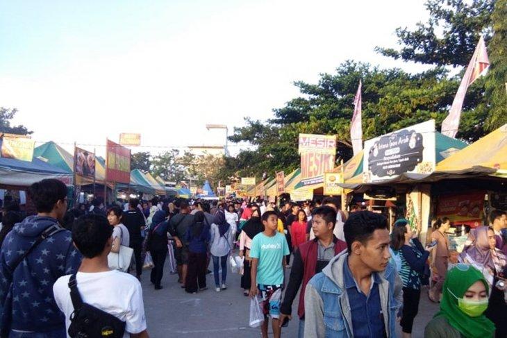 Pasar Ramadhan Banjarmasin tampilkan 41 kue khas lokal