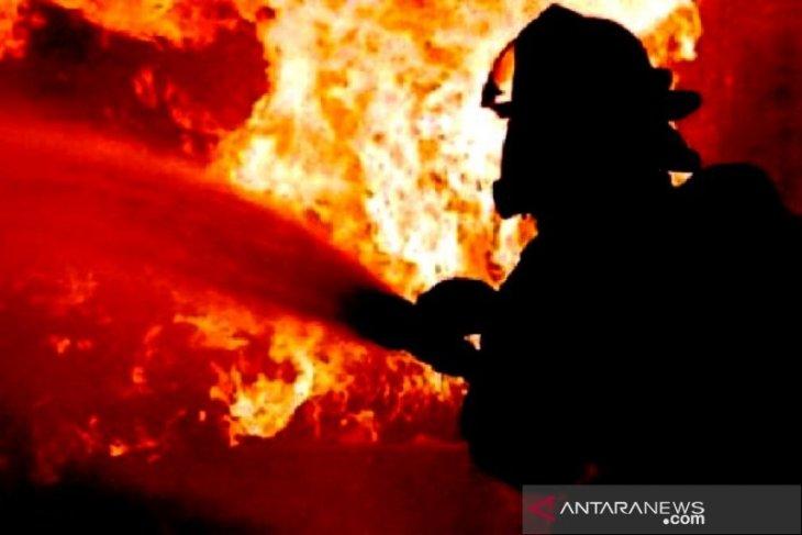 Lagi, Kebakaran rumah tinggal di Kampung Makassar Jakarta Timur pagi ini