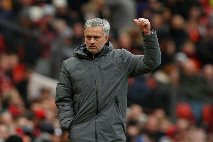 Mourinho prediksikan Liverpool kembali  ke final musim depan